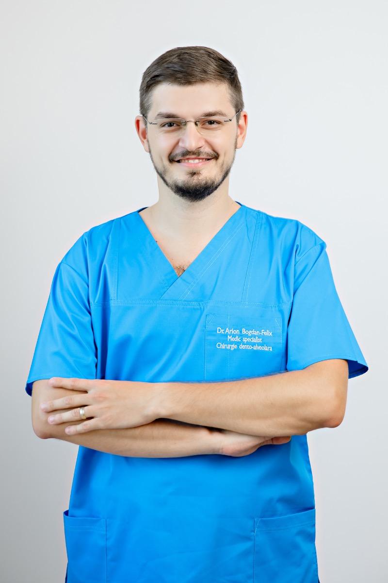 Dr. Bogdan Arion, medic specialist chirurgie dento-alveolara, Dentarion, Iasi